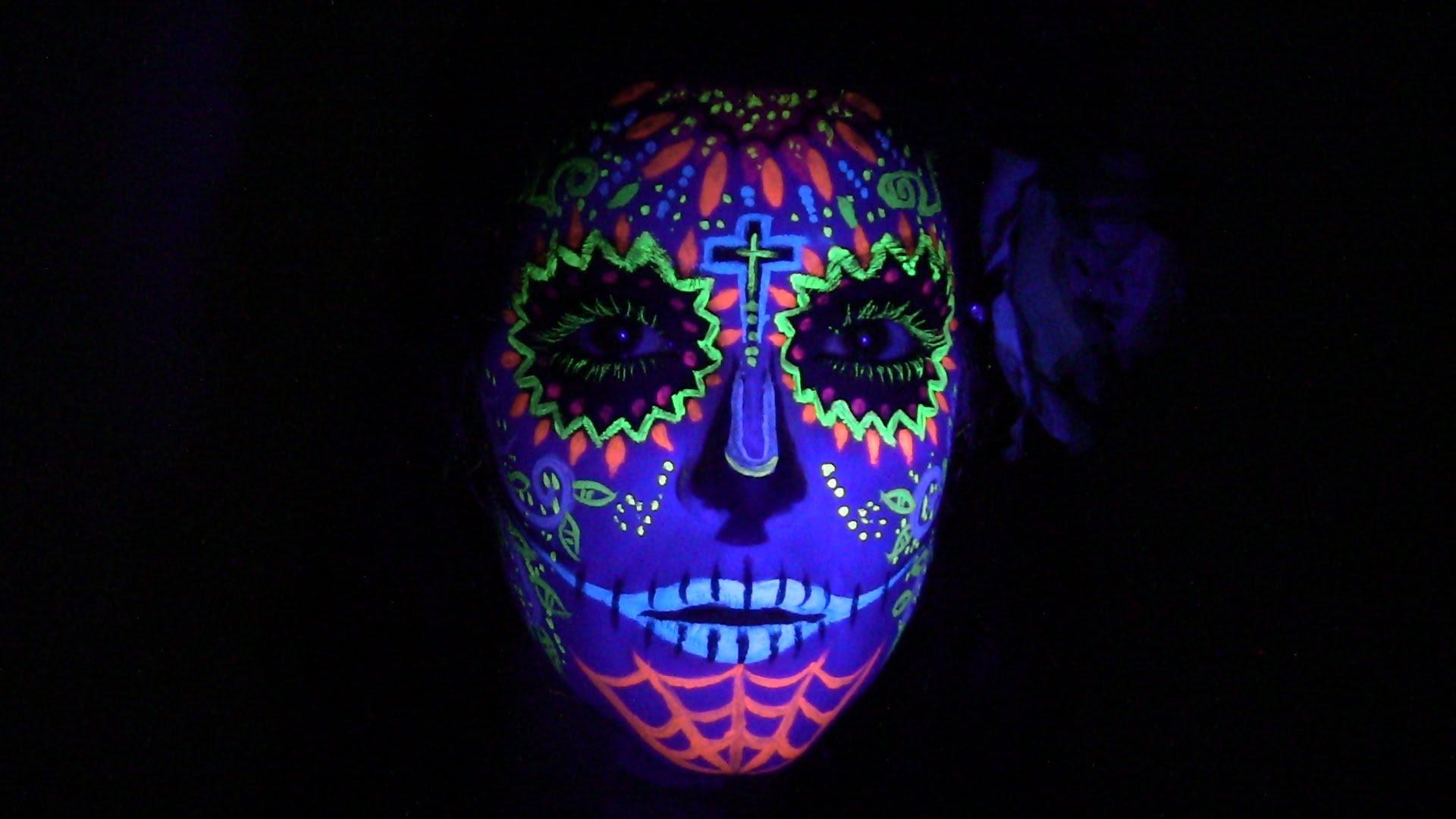 Maquillaje corporal y facial, neón y luminiscente para fiestas y arte