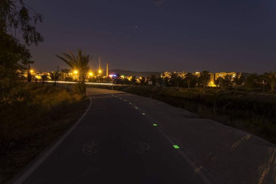 Instalación de placas luminiscentes Nigthway en carretera comarcal de Murcia