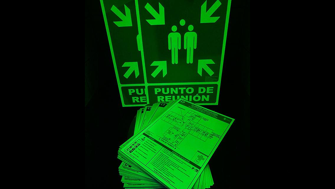 Planos de evacuación fotoluminiscentes